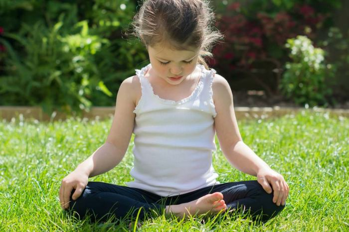 child meditating girl mindfulness contemplation
